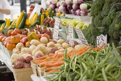 Landwirtmarkt-Gemüsestandplatz lizenzfreie stockfotografie