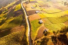 Landwirtschaft im Ekuadorianer-Anden-Antennen-Schuss Stockfoto