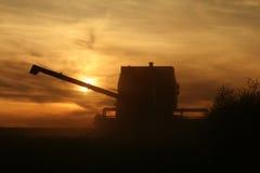 Landwirtschaft - Mähdrescher stockfotografie