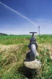 Landwirtschaftliche Bewässerungssysteme lizenzfreie stockbilder