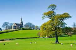 Landwirtschaftliche englische Kirche Lizenzfreie Stockfotografie