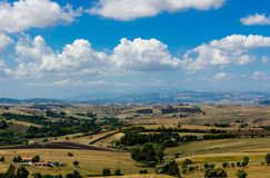 Landwirtschaftliche italienische Landschaft Stockfotografie