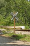 Landwirtschaftliche Schienen-Straßen-Überfahrt lizenzfreie stockfotos