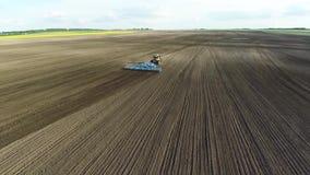 Landwirtschafts- und Erntemaschinenantenne stock video footage
