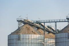 Landwirtschaftsweizen-Reissilo Stockfoto