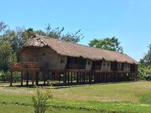 Lang buitenhuis in Zuidoost-Azië royalty-vrije stock afbeelding