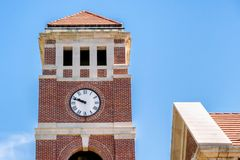 Langa det Klocka tornet på universitetet av Mississippie royaltyfri bild
