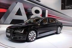 Lange Audi A8 - Russische première stock afbeeldingen