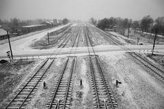 Lange Bahngleise stockbild