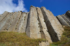 Lange basaltkolommen in Gerðuberg, westelijk IJsland Stock Fotografie