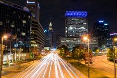 Lange Belichtung des inneren Hafens in der Nacht in Baltimore, MA Lizenzfreies Stockfoto