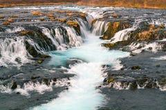 Lange Belichtung Wasserfallphotographiewerkstatt-Islands lizenzfreies stockfoto