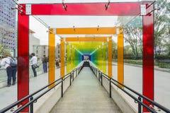 Lange kleurrijke hellingsgang Stock Afbeelding