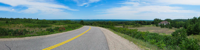Lange Landweg door Ontario, Canada Stock Foto