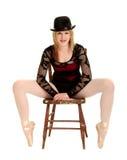 Lange mit Beinen versehene Zeichen-Tänzer-Ballerina stockfotografie