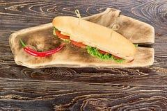 Lange sandwich en Spaanse peperpeper hoogste mening stock afbeelding