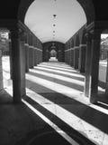 Lange Schatten lizenzfreie stockbilder