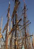 Lange schepenmasten stock foto