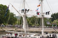 Lange schipparade op de Rivierzegen van Rouen tijdens ARMADA royalty-vrije stock afbeeldingen