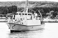 Lange schipparade op de Rivierzegen van Rouen tijdens ARMADA royalty-vrije stock foto