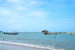 Lange staart Thaise die vissersboten in Koh Samui worden vastgelegd Stock Foto