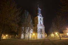 langenselbold Германия евангелической церкви на ноче стоковое изображение rf