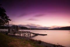Langer Berührungsphotographie See bei Te Anau in der Sonnenuntergangzeit, Südinsel, Neuseeland Lizenzfreie Stockfotos