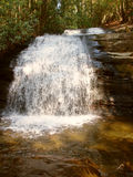 Langer Nebenfluss fällt appalachische Spur Stockfoto
