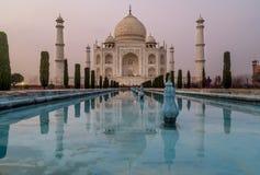 Langes Belichtungsfoto von Taj Mahal, Agra, Indien lizenzfreie stockbilder