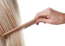 Langes Haar und Kamm Lizenzfreie Stockbilder