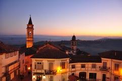 Langhe和Roero地区,戈沃内,皮耶蒙特,意大利村庄  免版税图库摄影