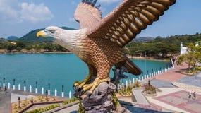 Langkawi, Malaysia - 18. M?rz 2019 Eagle Square in Langkawi Vogelperspektive von Eagle Square in Langkawi, nahe dem Kuah-Hafen di lizenzfreies stockfoto
