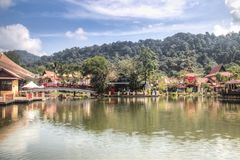 Langkawi orientalisk by i Malaysia arkivbild