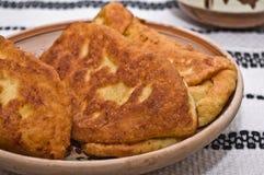 Langos (pasta frita - buñuelos) Fotografía de archivo