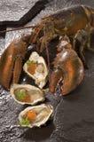 Langoustine et huîtres Photos stock