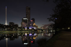 Langs Yarra bij nacht stock afbeeldingen