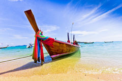 Langschwänziges Boot in Thailand, PHUKET Lizenzfreie Stockbilder