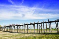 Langste houten brug myanmar Azië Stock Foto's