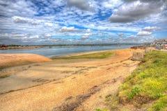 Langstone hamnHayling ö nära den Portsmouth sydkusten av England UK i färgglad hdr fotografering för bildbyråer