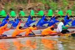 Langsuan传统长的赛艇节日,泰国 免版税图库摄影
