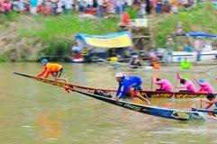 Langsuan传统长的赛艇节日,泰国 免版税库存照片