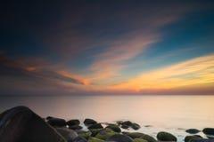 Langtang dolinny moonrise nad górą Zdjęcie Royalty Free