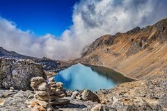 Langtang Gosainkunda湖 免版税库存图片