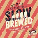 Langzaam Gebrouwen Typografisch het Etiketontwerp van het Ambachtbier met Brouwerij Equ Royalty-vrije Stock Afbeelding