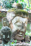 Lanna Buddha Sztukateryjna statua Północny Tajlandia tunel antyczna świątynia Obrazy Stock