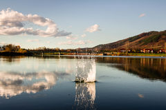 Lanscape с озером Стоковое Изображение