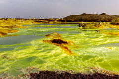 Lanscape del lago amargo en la depresión de Danakil, Etiopía Imagenes de archivo