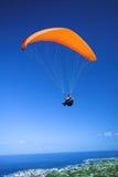 lanserande paraglider Arkivbilder