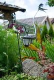 Lantaarn in de tuin Royalty-vrije Stock Afbeeldingen