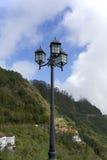 Lantaarn een bergklip Stock Fotografie